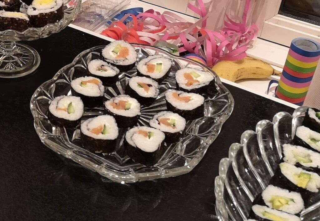 Hjemmelavet sushi med børn